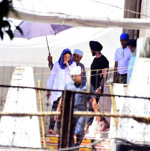 akshay  kareena and diljit dosanjh spotted gurudwara in mumbai
