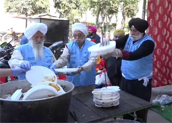 amritsar avtar singh langar clean