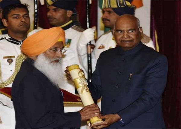 ram nath kovind padma bhushan award sukhdev singh dhindsa