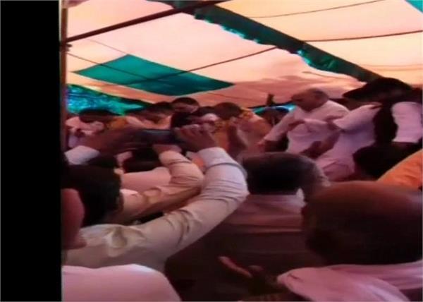bjp holi melan celebration stage injured
