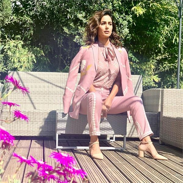 cannes 2019 hina khan photoshoot