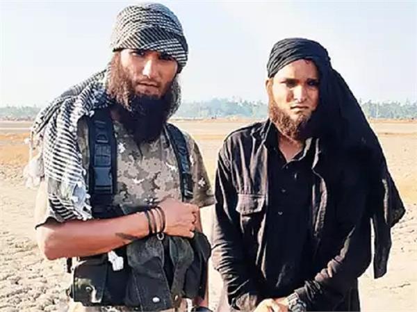 two  terrorists  on cigarette run create panic in palghar