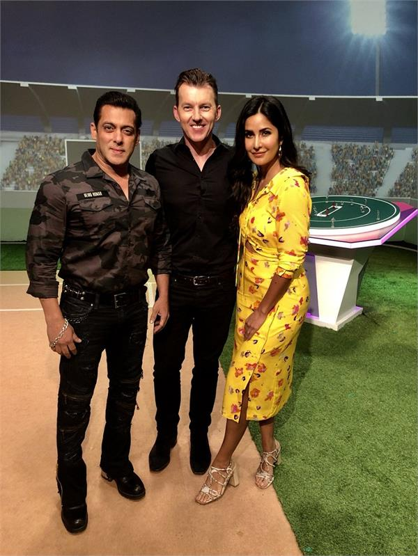salman khan and katrina kaif in the studio for promotions