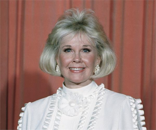 doris day  legendary singer and actress  dies at 97