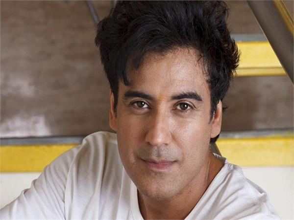 jassi jaissi koi nahin fame actor karan singh oberoi charged in rape