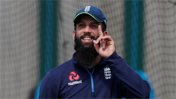 moeen ali has urged fans to treat warner and smith decently
