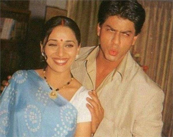 shah rukh khan and madhuri dixit photo viral