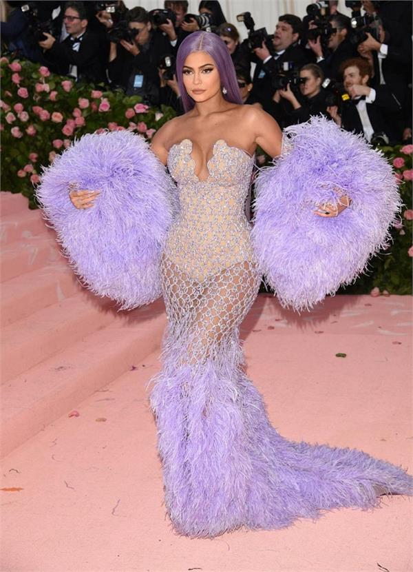 66 craziest 2019 met gala red carpet fashion   in pictures
