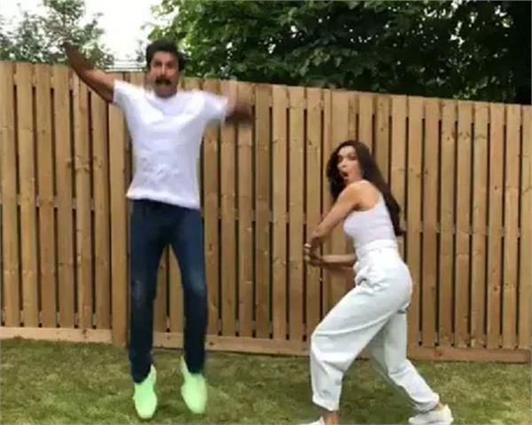 deepika padukone hits ranveer singh with a bat