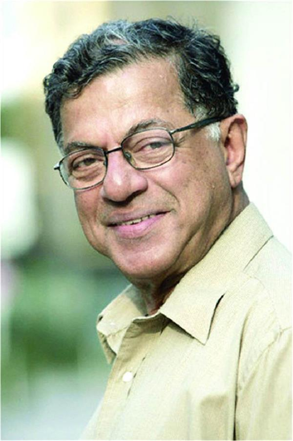 veteran film and theatre personality girish karnad dies