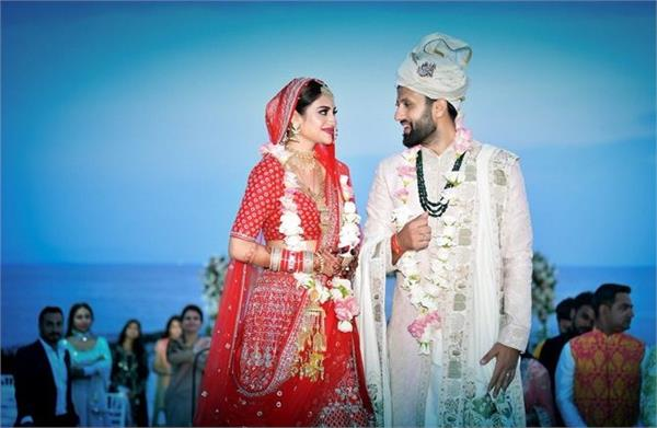 actress nusrat jahan wedding first photo