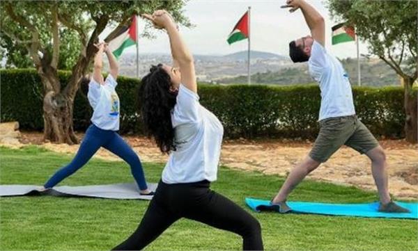 palestine yoga day