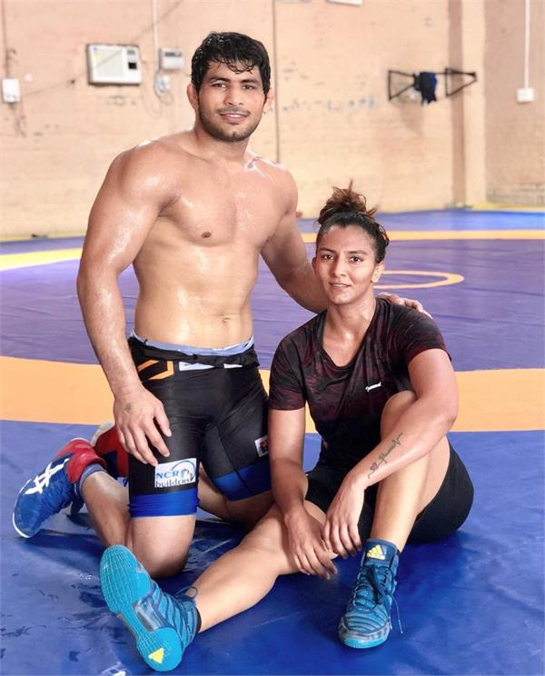 geeta phogat to participate with husband pawan singh