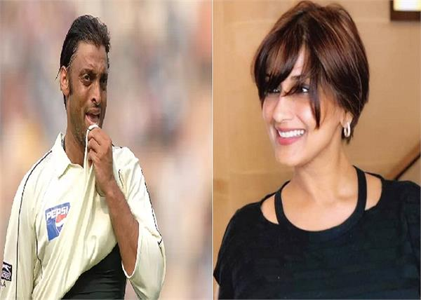 former pakistani pacer shoaib akhtar wanted to kidnap sonali bendre
