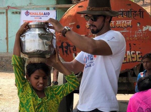 randeep hooda khalsa aid