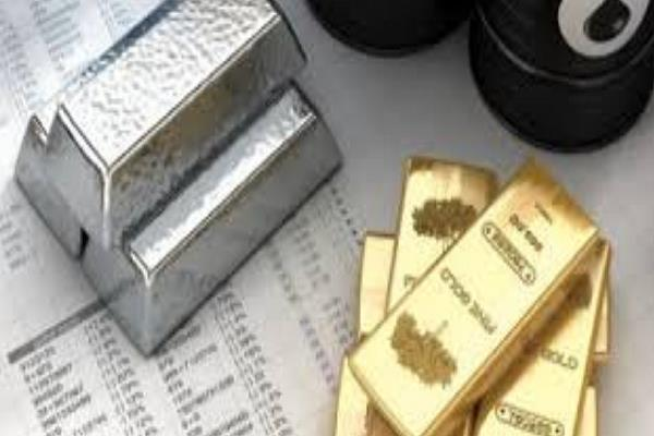 crude oil down  gold recovers