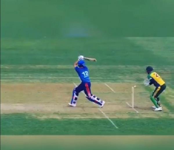 bad umpiring seen in yuvraj singh becomes victim at global t20 canada league