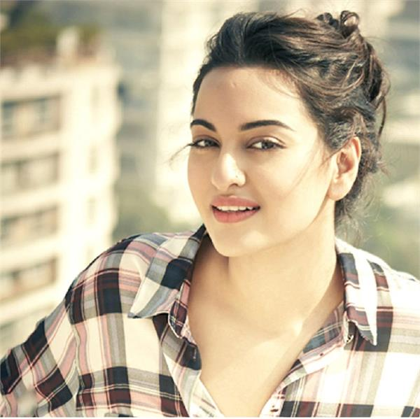 sonakshi sinha s parents want her to date a susheel ladka