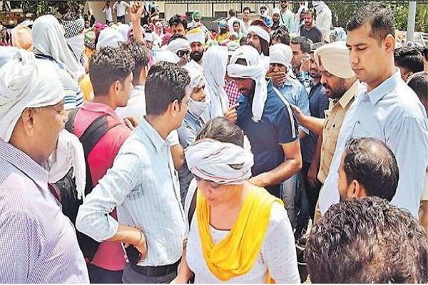 vocational teachers tried move residence cm manohar lal khattar