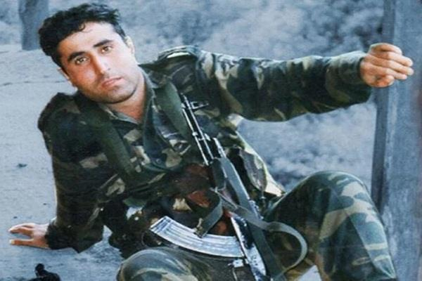 pm modi remeber captain vikram batra and major sarwanand