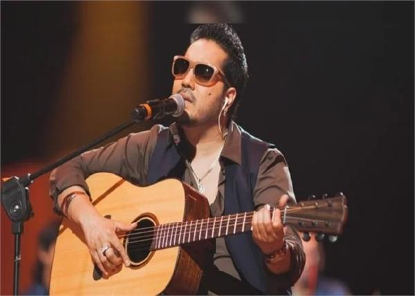 mika singh after singer apologises for show in pakistan