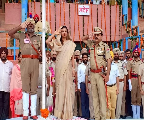 mansa  nehru memorial college  tiranga