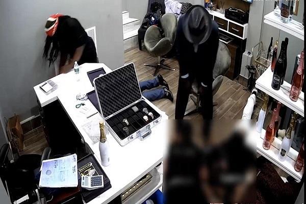 robbers rob new york jewelry store