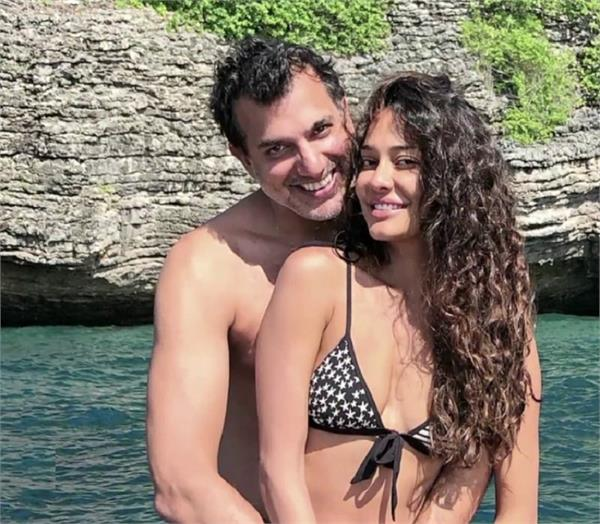 lisa haydon announces second pregnancy