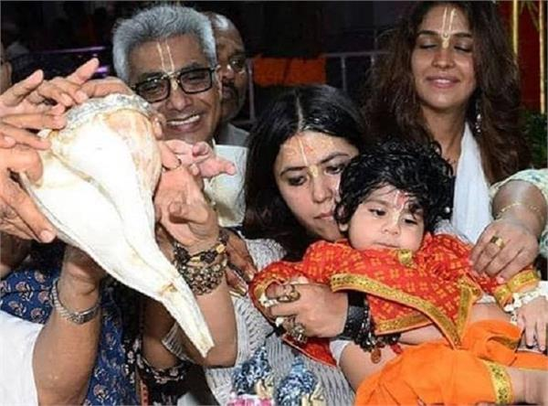 ekta kapoor s son ravie looks aww dorable dressed as krishna