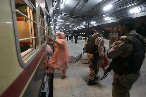 india stopped jodhpur munabav thar express