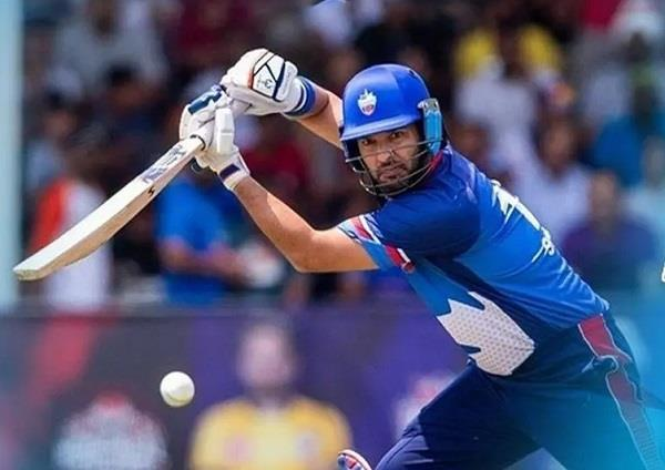 yuvraj  s team out of the tournament after scoring 238 in canada league