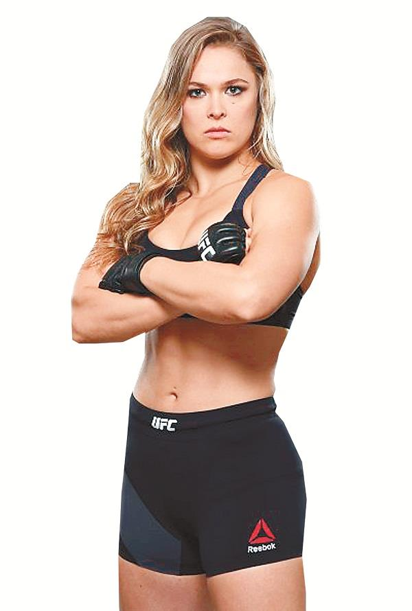 wrestler ronda rousey hits hollywood on tv