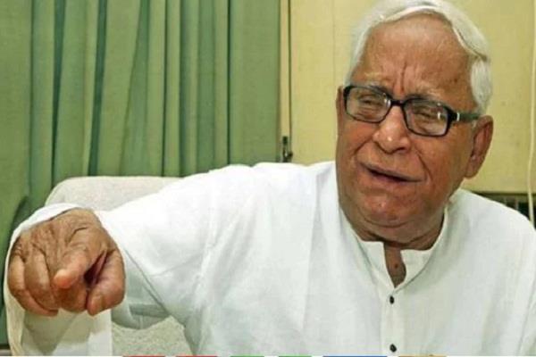 former cm buddhadeb bhattacharjee admitted hospital