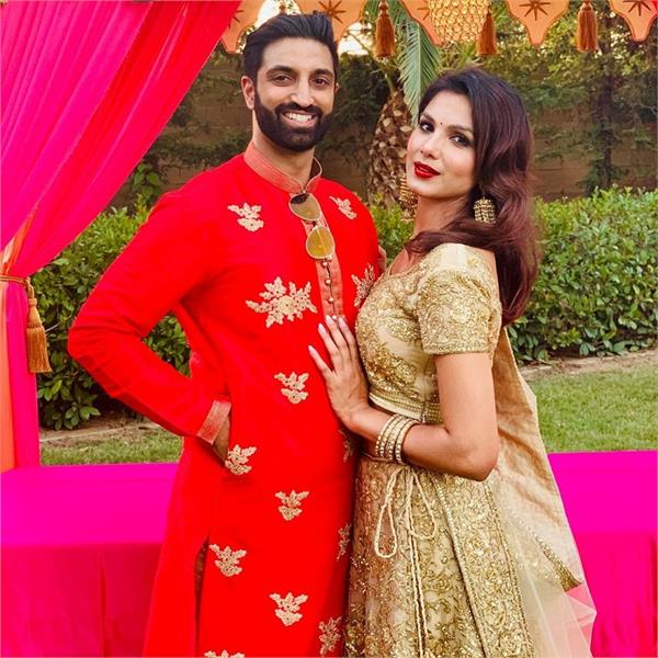 actress monica gill and gurshan sahota full enjoy in friend marriage