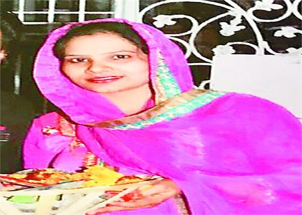 saleem  sister in law  jalandhar  police  raided