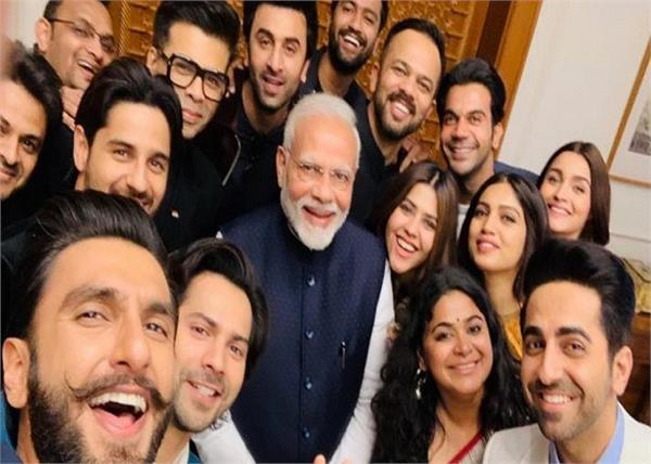bollywood stars in wishing pm narendra modi happy birthday