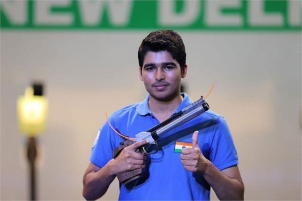 aurabh chaudhary betters his world record in national shooting trials
