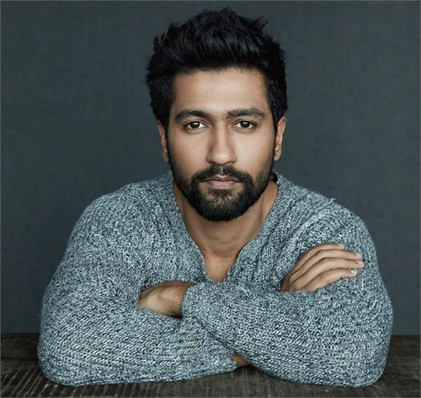 vicky kaushal crazy female fan landed up in