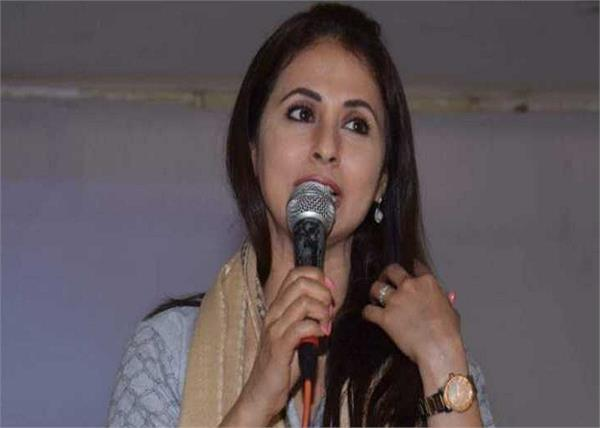 urmila matondkar says not joining any party