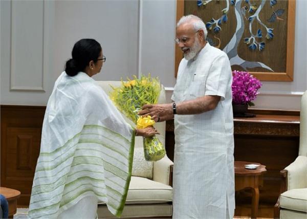 mamata banerjee meets narendra modi