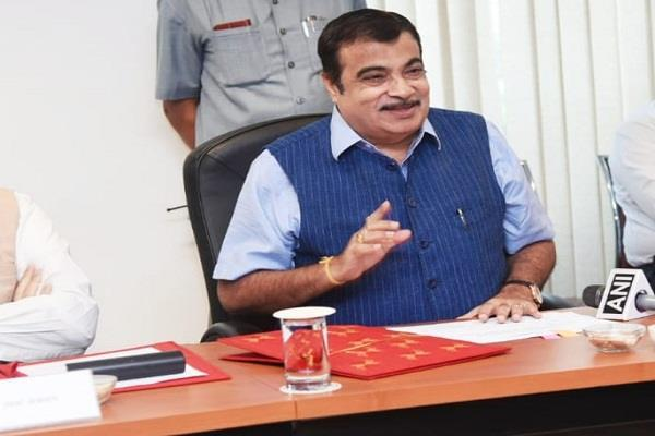 nitin gadkari action will also be taken on contractors who build bad roads