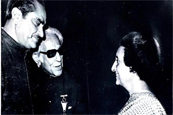 the real story of meeting karim lala and indira gandhi
