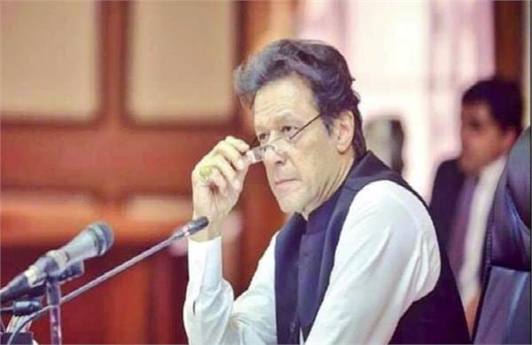 imran  s claim on kashmir by his own minister foley poll