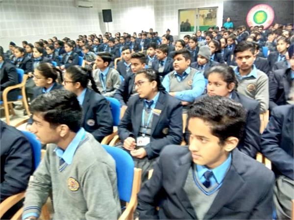 traffic police  minor students  vehicles  appeal