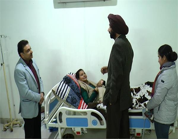 amritsar  dr  anupama  honored