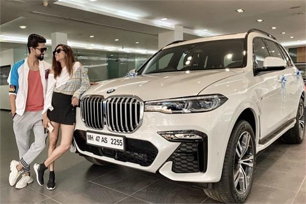 jamai raja actor ravi dubey and wife sargun mehta buy a swanky new bmw