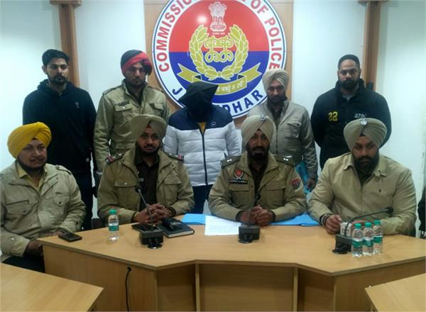 alcohol smuggler  arvinder singh jail