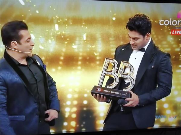 siddharth shukla hits big in big boss 13