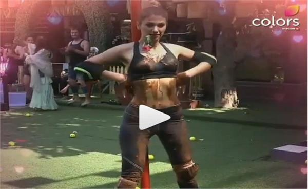 jasleen matharu and shehbaz gill  s hot dance moves
