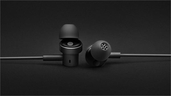 xiaomi launches mi dual driver in ear earphones in india